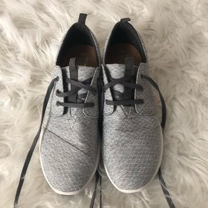 Toms Cabrillo Lace Up Trainers Sneakers W9 Gray